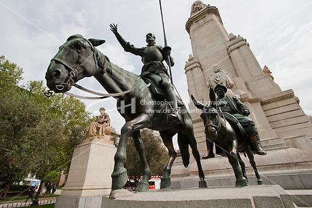 cervantes monument in plaza espana madrid (Christopher Holt LTD London UK/Image by Christopher Holt - www.christopherholt.com)