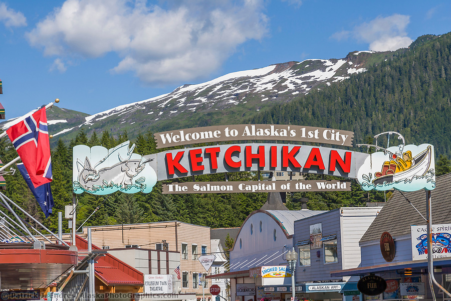Welcome to Ketchikan sign, downtown, Ketchikan, Alaska. (Patrick J. Endres / AlaskaPhotoGraphics.com)