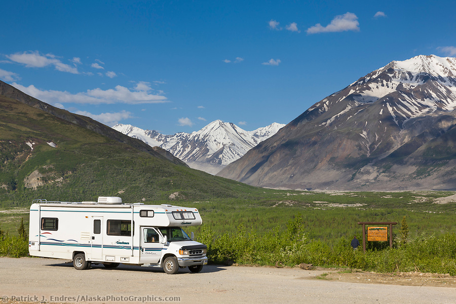 Alaska tourism photos: Tourists and motorhome at black rapids glacier turnout along the Richardson Highway in the Alaska Range mountains, interior. (Patrick J. Endres / AlaskaPhotoGraphics.com)