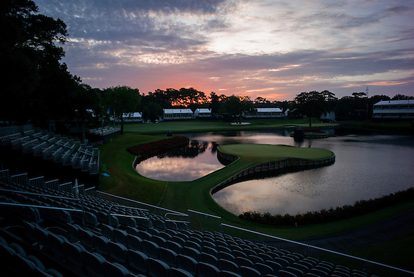 Sunrise General view of the 17th green prior to the start of play. PGA Golf: 2014 The Players Championship Saturday round 3 TPC Sawgrass/Ponte Vedra, FL 5/10/2014 X158187 TK3 Credit: Darren Carroll (Darren Carroll/Sports Illustrated)