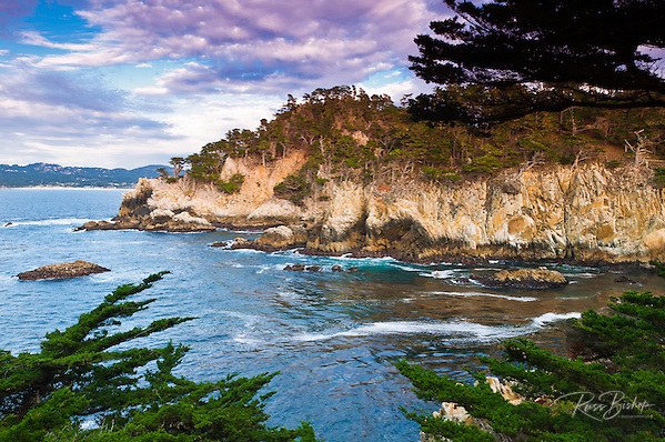 Rocky cliff along the Cypress Grove Trail, Point Lobos State Reserve, Carmel, California USA (Russ Bishop/Russ Bishop Photography)