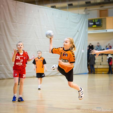 Arndís kominn í gegn og mark í uppsiglingu. ©2011 Christopher Lund.