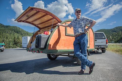 "Wayne Floyd with his homemade ""Mosquito"" tear-drop trailer on the Seward Highway near the Hope cut off. wpfloyd@alaska.net (Clark James Mishler)"
