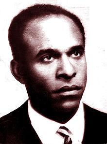 Frantz Fanon, ideólogo, escritor militante del FLN de Argelia