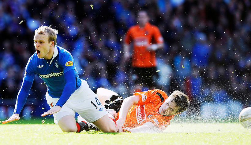 2ND APR 2011, RANGERS V DUNDEE UNITED, IBROX STADIUM, GLASGOW, STEVEN NAISMITH AND PAUL DIXON, ROB CASEY PHOTOGRAPHY. (ROB CASEY/ROB CASEY PHOTOGRAPHY)
