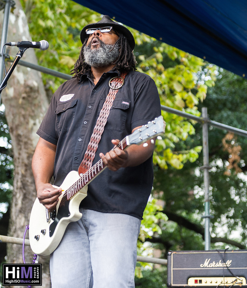Alvin Youngblood Hart performs at the 2013 Blues and BBQ Festival in New Orleans, LA. (HIGH ISO Music, LLC)