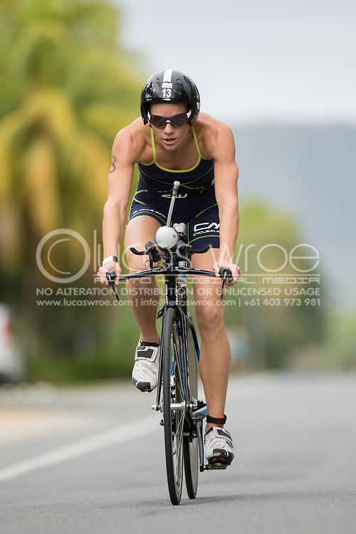Renee Baker (AUS), June 1, 2014 - TRIATHLON : Coral Coast 5150 Triathlon, Cairns Airport Adventure Festival, Four Mile Beach, Port Douglas, Queensland, Australia. Credit: Lucas Wroe (Lucas Wroe)