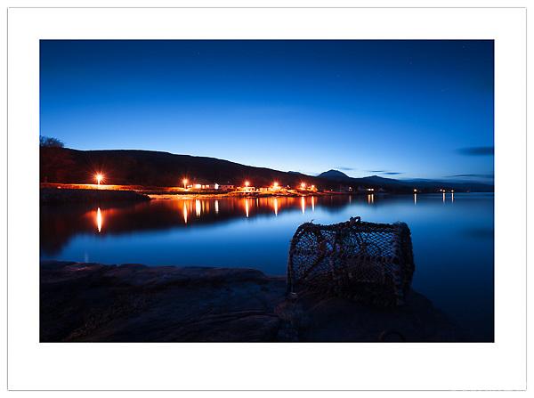 Dusk falls over Craighouse - Isle of Jura, Scotland (Ian Mylam/© Ian Mylam (www.ianmylam.com))