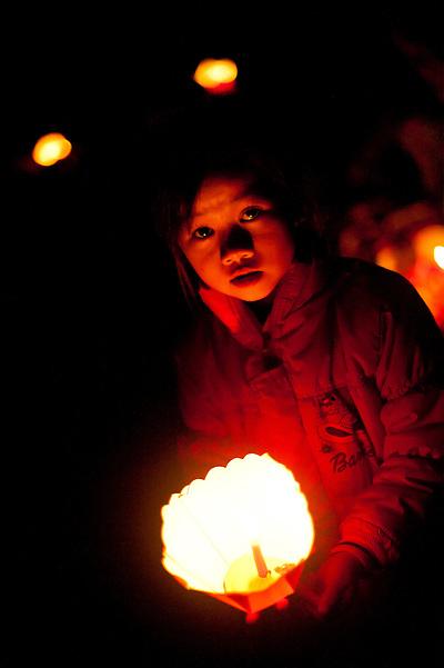 hoi an full moon chinese lantern festival