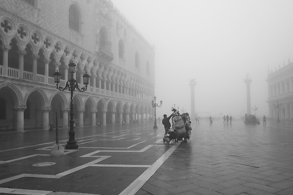 Venice 29th January 2013  Venice in the fog! (Marco Secchi /XianPix)