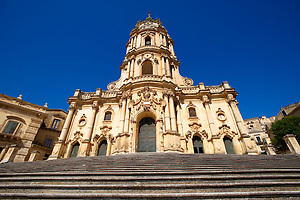 Baroque Church of St George designed by Gagliardi 1702 , Modica, Sicily (Paul Williams)