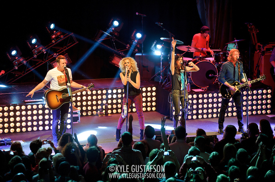 "WASHINGTON, DC - February 14th  2013 - Jimi Westbrook, Kimberly Schlapman, Karen Fairchild and Phillip Sweet of Little Big Town perform at the 9:30 Club in Washington, D.C. The band's 2012 album, ""Tornado,"" contains the hit single ""Pontoon,"" which recently won Best Country Duo/Group Performance at the 55th Grammy Awards. (Photo by Kyle Gustafson/For The Washington Post) (Kyle Gustafson/For The Washington Post)"