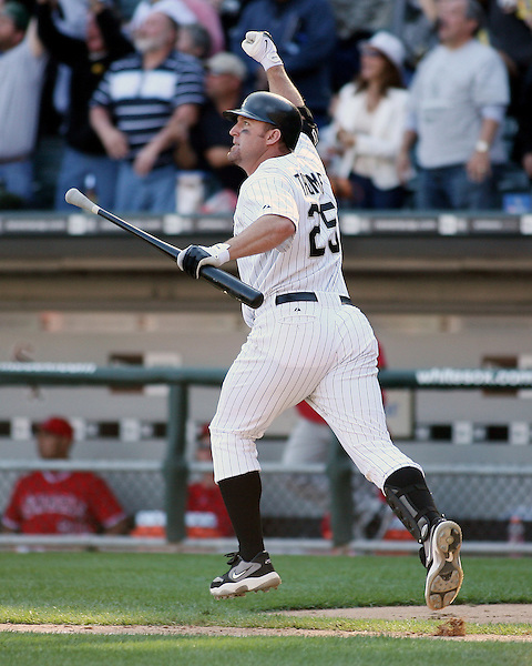 CHICAGO - SEPTEMBER 16:  Jim Thome #25 of the Chicago White Sox hits his 500th career home run, a walk off home run winning the game, off of Dustin Moseley #58 during the game against the Los Angeles Angels at U.S. Cellular Field in Chicago, Illinois on September 16, 2007.  The White Sox defeated the Angels 9-7.  (Photo Credit Ron Vesely) (Ron Vesely)