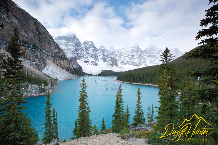 "Moraine Lake , Banff National Park.   (© Daryl Hunter's ""The Hole Picture""/Daryl L. Hunter)"