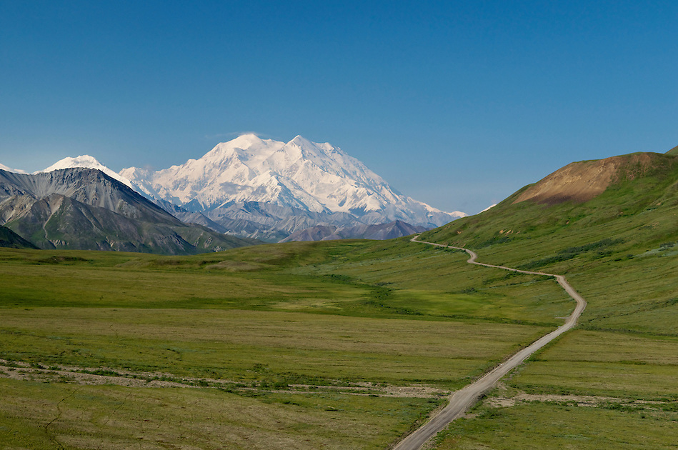 View of Mount McKinley (20,320 ft) on a clear day from Stony Dome at mile 62 of the Park Road, Denali National Park and Preserve, Alaska, United States. (© 2010 Ron Karpilo)
