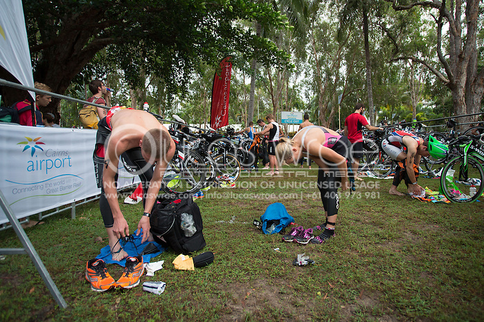 Sam Betten (AUS), June 1, 2014 - TRIATHLON : Coral Coast 5150 Triathlon, Cairns Airport Adventure Festival, Four Mile Beach, Port Douglas, Queensland, Australia. Credit: Lucas Wroe (Lucas Wroe)