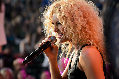 Little Big Town - Clarkston, MI - 07.20.12 (Jon Diener)