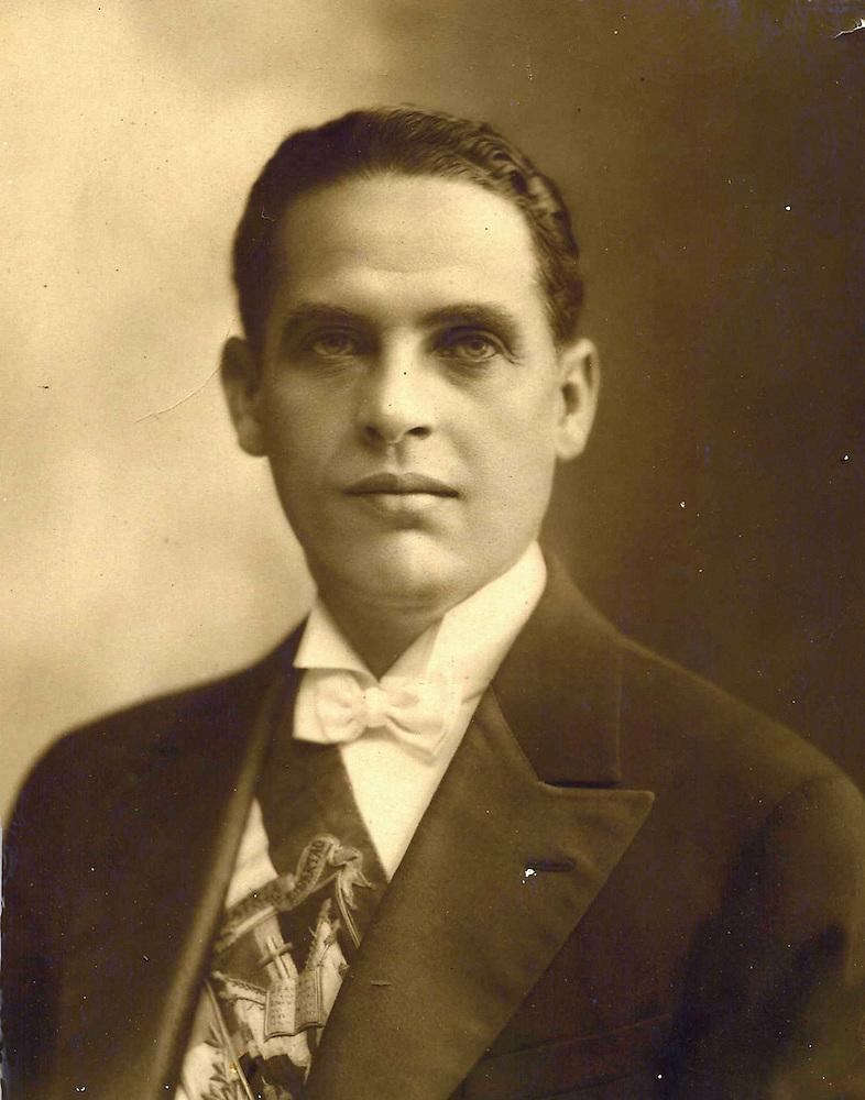 Rafael Estrella Ureña, el político y orador de mirada penetrante. Foto AGN