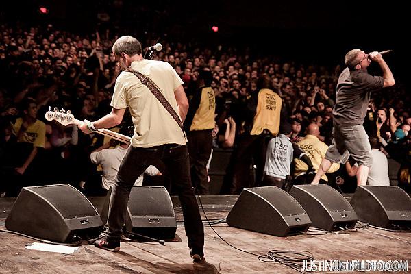 Descendents and Black Flag Concert Santa Monica Civic Auditorium Los Angeles (Justin Gill)