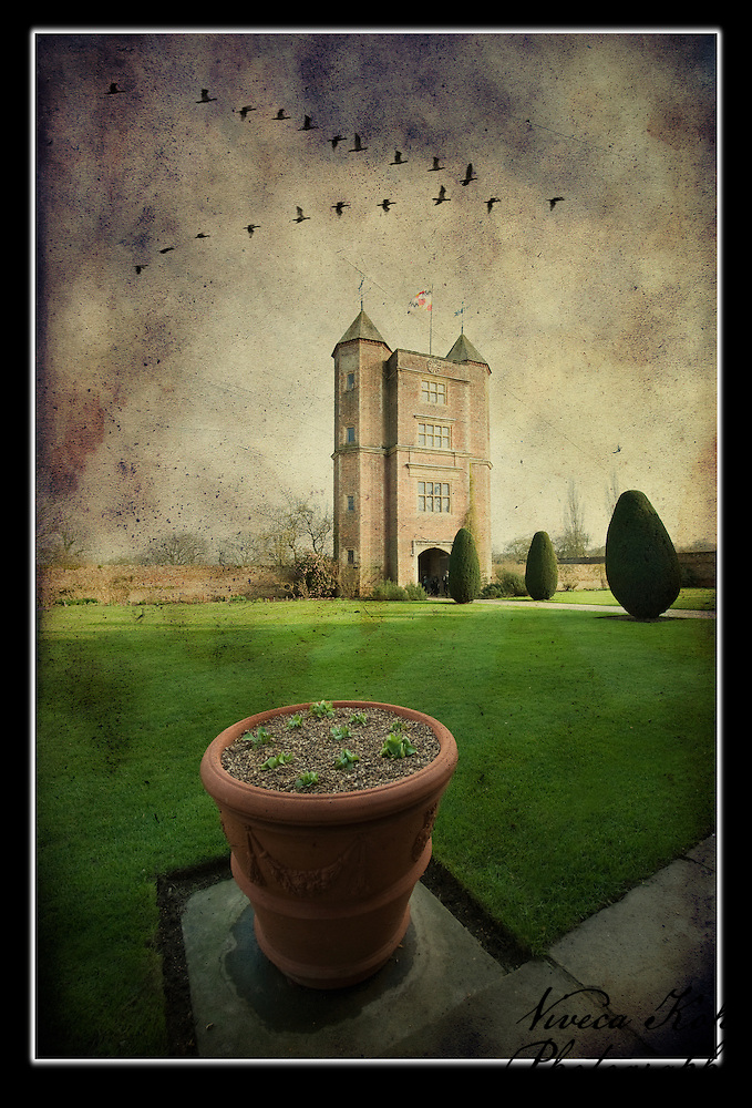 Sissinghurst Castle in Spring with birds (Viveca Koh)