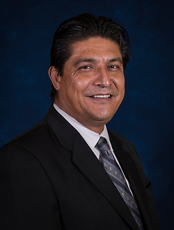 Enrique Cruz (Houston Independent School District)