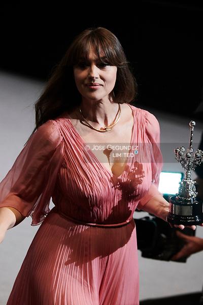 Monica Bellucci receives Donostia Award during 65th San Sebastian Film Festival on September 27, 2017 in San Sebastian, Spain. (©JOSE GEGUNDEZ)