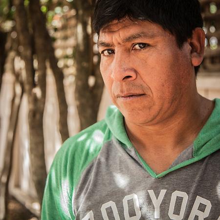 Contractor Matias Vargas, Calistoga, CA. (© Clark James Mishler)