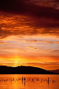 Dawn at Ilwaco Harbor, Ilwaco, Washington, US (Roddy Scheer)