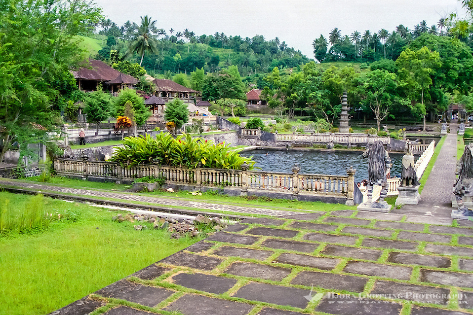 Bali, Karangasem. The Tirta Gangga water palace. Inside the palace there are two bathing pools open for the public. This one is for the locals, to the left of this there is a pool open for tourists. (Photo Bjorn Grotting)