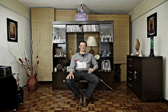 Escobero | Julio Ce�sar Gonzalez | Empleado Direccio�n General de Registros (Martin Herrera Soler)