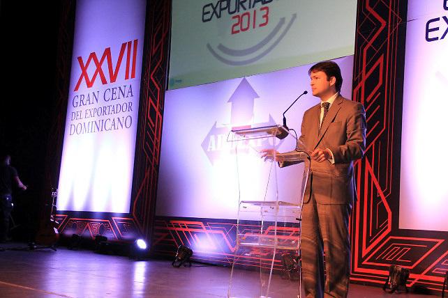 El presidente de ADOEXPO, Kai Schoenhals, pronuncia las palabras centrales