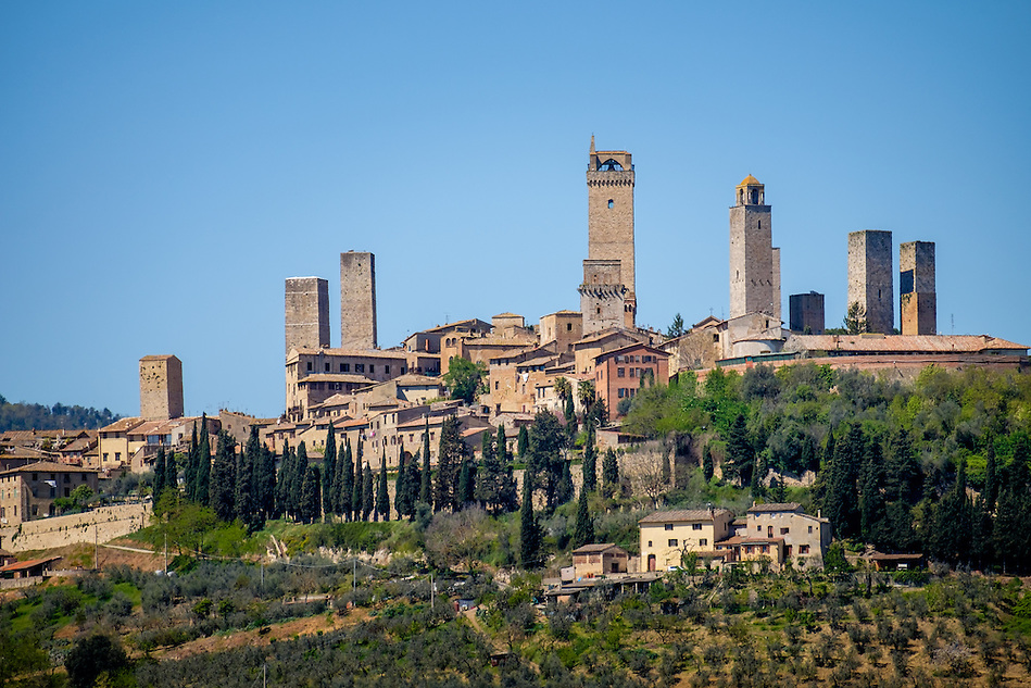 SAN GIMIGNANO, ITALY - CIRCA MAY 2015:  View of the medieval walled city of San Gimignano in Tuscany (Daniel Korzeniewski)