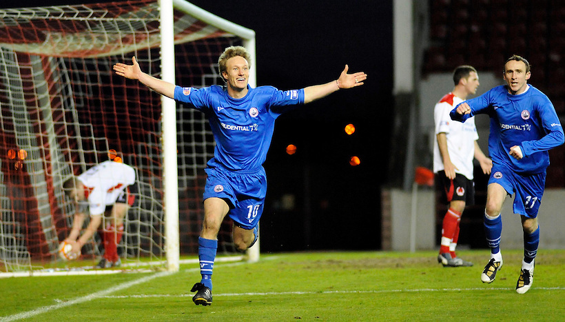 20TH APR 2010, CLYDE V STIRLING ALBION AT BROADWOOD STADIUM, CUMBERNAULD, IAIN RUSSELL SCORES THE WINNING GOAL AND CELEBRATES, 1-2, ROB CASEY PHOTOGRAPHY. (ROB CASEY/ROB CASEY PHOTOGRAPHY)