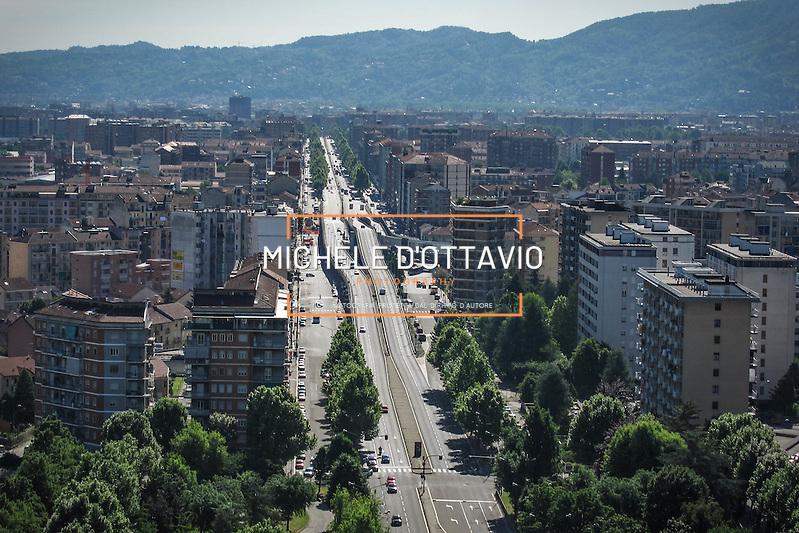 Torino, panoramica aerea di corso Grosseto (Michele D'Ottavio)