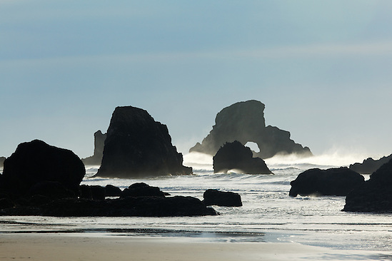 Sea stacks on Oregon Coast, Ecola State Park, Oregon, USA (Copyright Brad Mitchell Photography.9601 Wall St.Snohomish, WA 98296.USA.425-418-7279.brad@bradmitchellphoto.com)