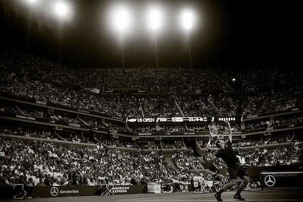 Roger Federer, 2014 U.S. Open Men's Quarterfinal. Photographed at the Billie Jean King National Tennis Center in Queens, NY, USA 9/4/2014. © 2014 Darren Carroll (Darren Carroll)