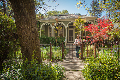"Daniela Sklan, owner of the""Branon's Folly"" house (circa 1860) on Cedar Street in Calistoga (Clark James Mishler)"