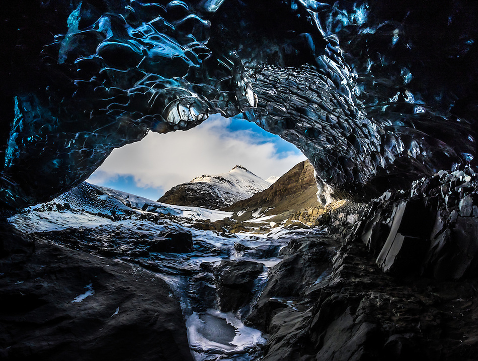 JOKULSARLON, ICELAND - CIRCA MARCH 2015: Ice cave near the Glacial Lagoon in the  Vatnajökull National Park (Daniel Korzeniewski)