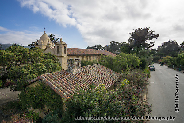 Mission Carmel, Carmel-by-the-Sea, CA (M. Halberstadt / SiliconValleyStock.com)