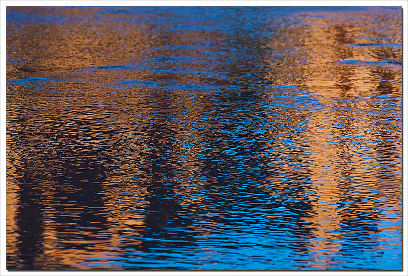 Kasbah Ait Ben Haddou as a reflection in the river, Morocco. (Rosa Frei)
