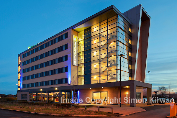 Holiday Inn Express, Liverpool John Lennon Airport - Architectural Photography By Simon Kirwan www.the-lightbox.com