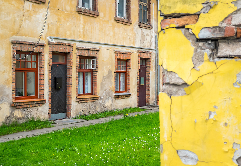 LATVIA, CESIS - CIRCA JUNE 2014: View of  typical construction in the old town of Cesis (Daniel Korzeniewski)