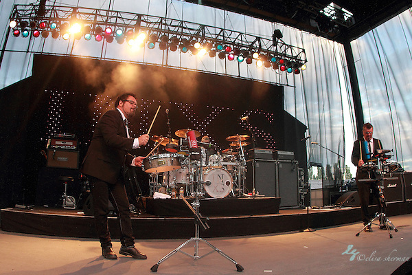 """INXS performs at Chateau Ste Michelle Winery during their """"Original Sin"""" Tour, July 17, 2011 in Woodinville, Washington (Elisa)"""