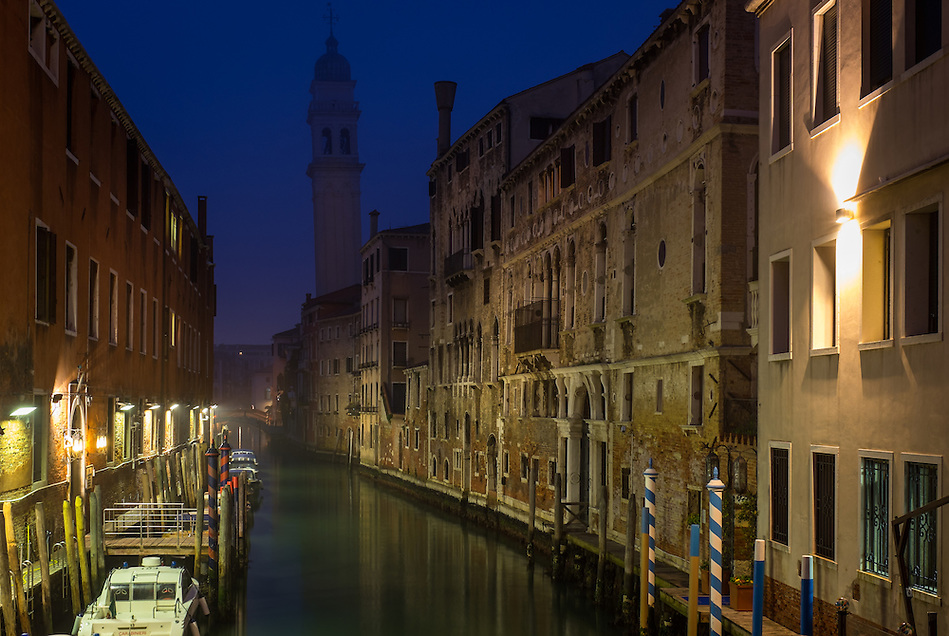 VENICE, ITALY - CIRCA MAY 2015: Typical canal and at dusk in San Marco, Venice (Daniel Korzeniewski)