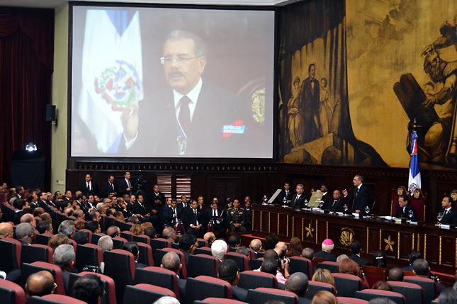 162 intelectuales brindan apoyo a presidente Danilo frente a la Barrick