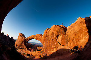 Double O Arch, Arches National Park, Utah, US (Roddy Scheer)