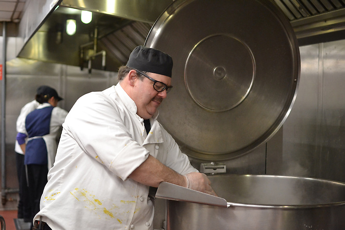 16/4/4 – Medford/Somerville, MA –Paul Ruldoph, the lead second chef with Tufts Dining, poses for Tufts Daily on April. 4, 2016. (Ziqing Xiong / The Tufts Daily) (Ziqing Xiong / The Tufts Daily)