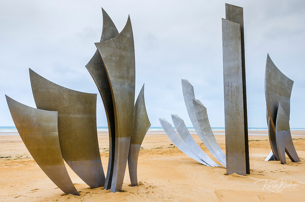 Les Braves WWII D-day monument on Omaha Beach created by French sculptor Anilore Banon, Normandy, France (© Russ Bishop/www.russbishop.com)