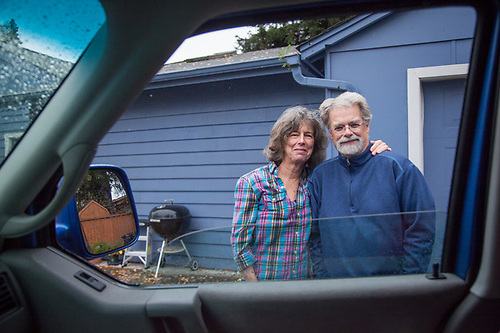 Fred Dewey and Mary Ellen Ashton say goodbye to Clark and Mitzi's as they begin their move from Anchorage, Alaska to Calistoga, California, September, 2015 (© Clark James Mishler)