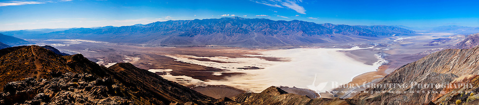 United States, California, Death Valley. From Dante's View 5,500 feet (1,700 m) above sea level. Panorama view of central part of Death Valley with the Badwater Basin. (Photo Bjorn Grotting)